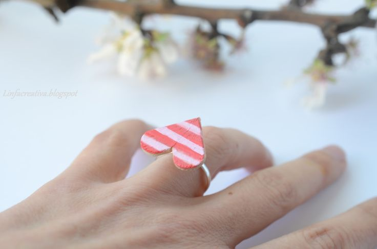 http://linfacreativa.blogspot.it/2014/03/diy-come-realizzare-un-cuore-con-i.html