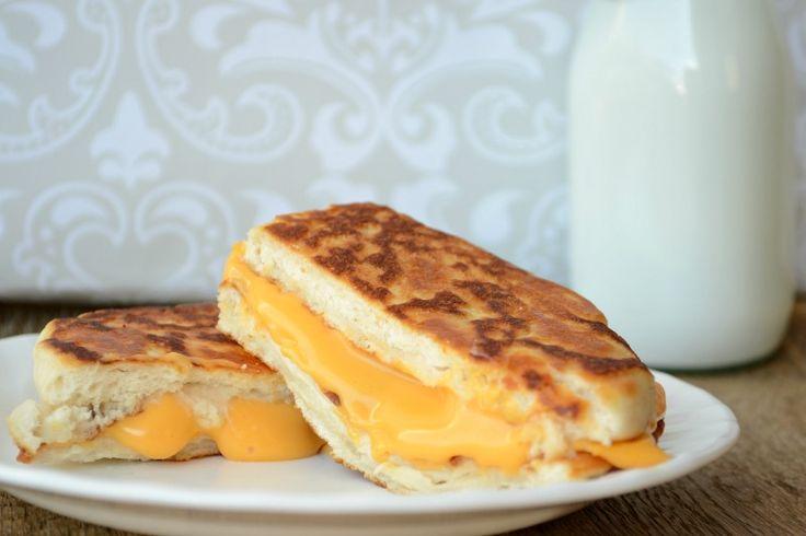 Pillsbury Grands! Grilled Cheese Sandwiches from It Happens in a Blink ...