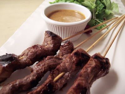 Beef Satay with Spicy Peanut Dipping Sauce