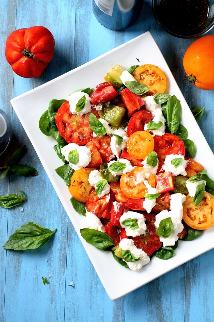 Heirloom Tomato and Burrata Salad | The Curvy Carrot Heirloom Tomato ...