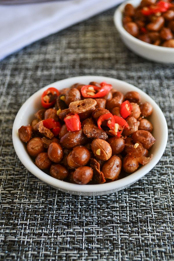 Spicy Garlic Peanuts ~ I saw something very similar at the Farmer's ...