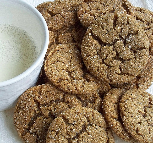 gingersnaps by Elissa @ 17 and Baking, via Flickr My most favorite ...