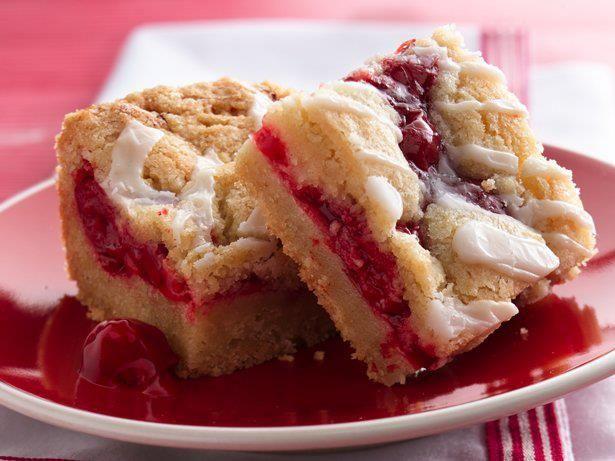 Cherry Vanilla Cheesecake Bars Recipe | Recipes I'd like to try | Pin ...