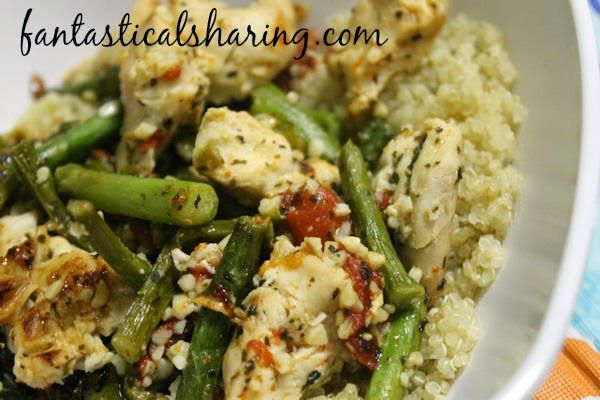Roasted Red Pepper & Asparagus Quinoa | A light but extremely ...