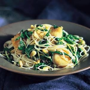 Angel Hair Pasta with Scallops & Arugula www.keyingredient.com