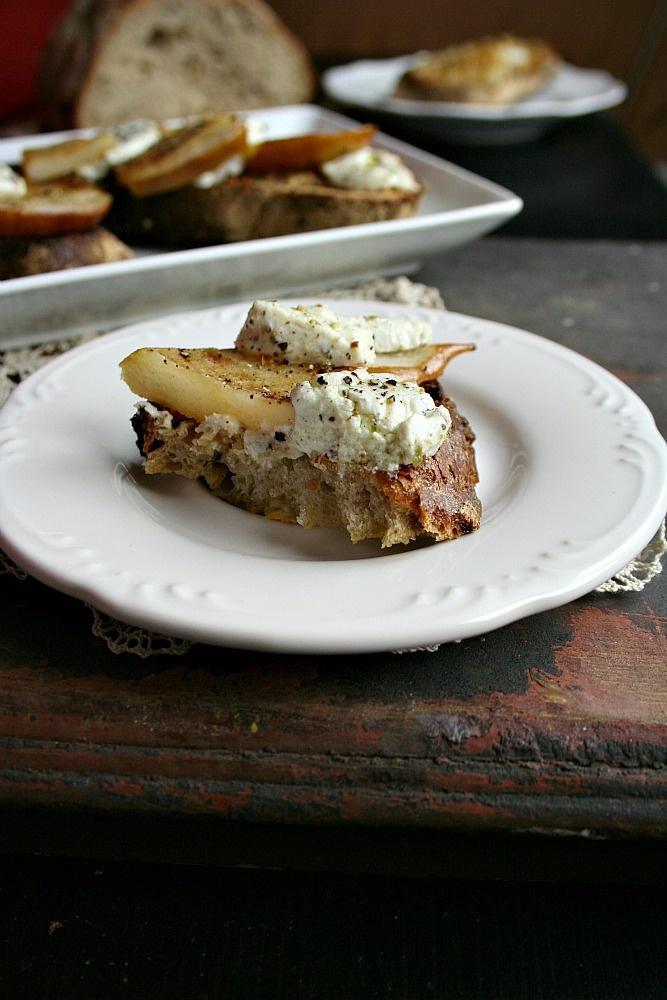 pear and goat cheese crostini the stir pear goat cheese crostini ...