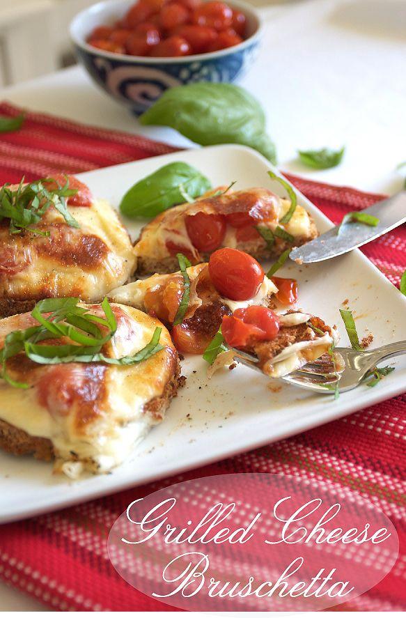 Mozzarella, Basil, Tomato Grilled Cheese Bruschetta: Mini Homemade ...