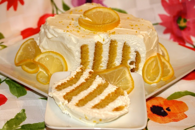 Tchaikovsky's Lemon Sunshine Cookie Cake | Yummm | Pinterest