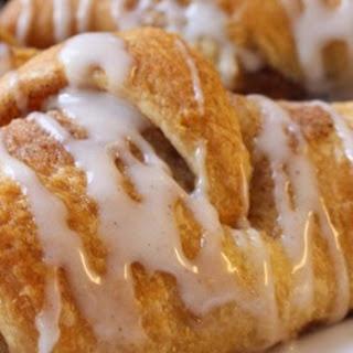cinnamon sugar crescents