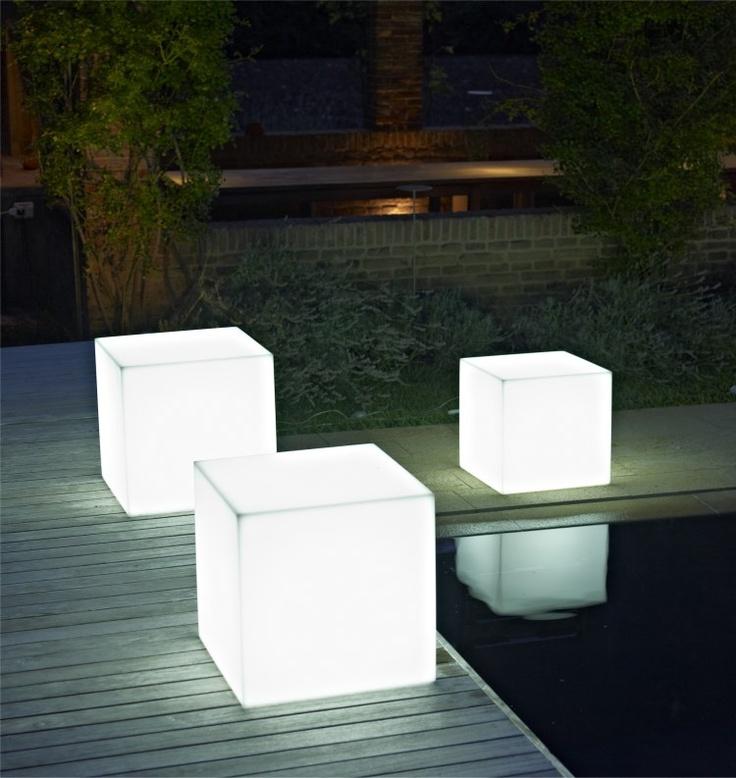Table Basse Pouf : Table basse pouf lumineux  Patio  Pinterest