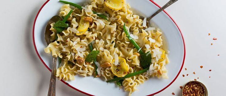 How to Make Pasta Salad with Haricots Verts, Zucchini and Almonds ...