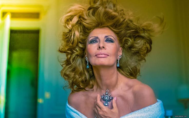 Sophia Loren | Women |...