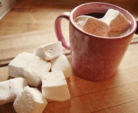 Homemade} Vanilla Marshmallows | { treats } | Pinterest