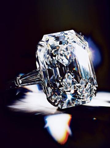 Liz Taylor Wedding Ring Liz Taylor 39 N 60 39 L Y Llara Damgas N