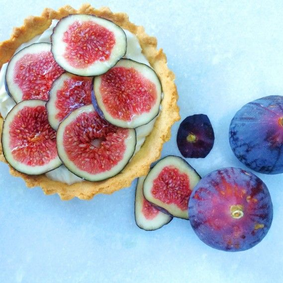 Fig & Mascarpone Tart perfect summer tart #recipe #dessert #glutenfree
