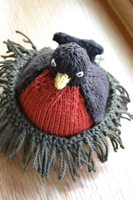 Knitted Bird Pattern : Cute bird, nest, eggs knitting Pinterest