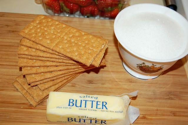 Healthier Greek Yogurt Cheesecake recipe from Newlyweds blog. This ...