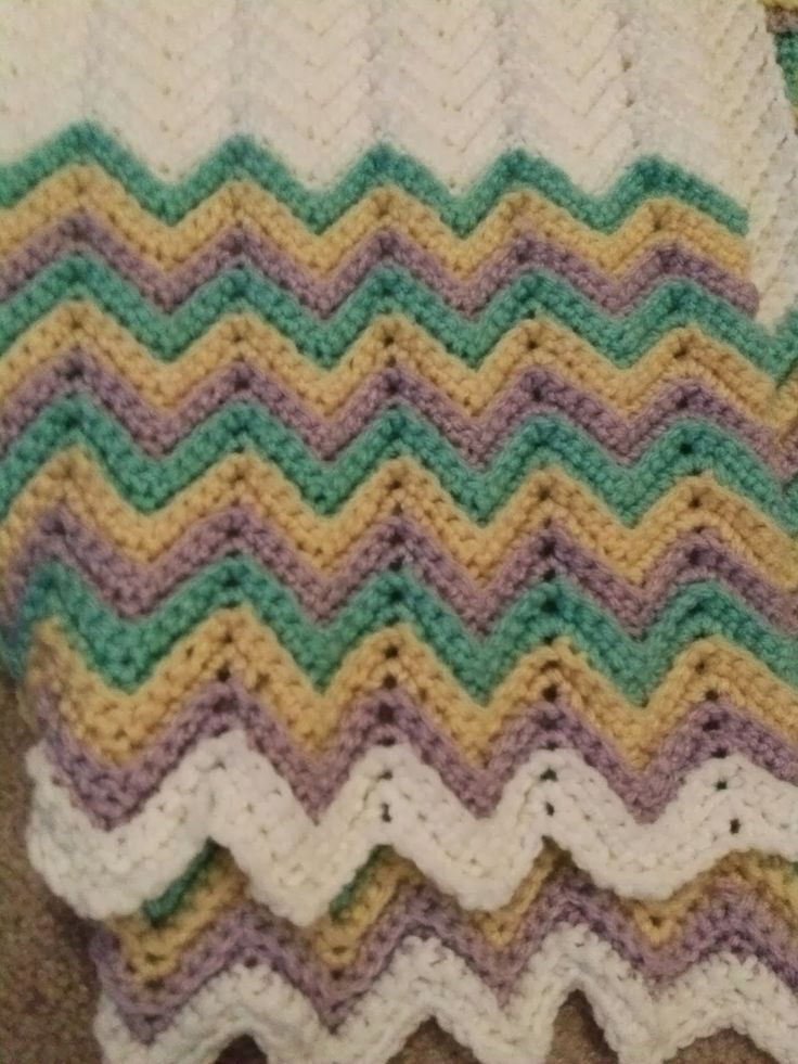 Easy Zig Zag Crochet Baby Blanket Pattern : Pin by Vicki Dilley on Crafts Pinterest