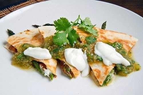 roast asparagus and carmelized mushoom quesidillas with goat cheese