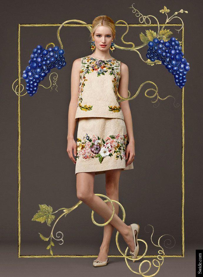 Посмотрите на День Dolce & Gabbana осень 2014 Преколлекция ЖЕНЩИНЫ: вышитые Brocade топ и юбка
