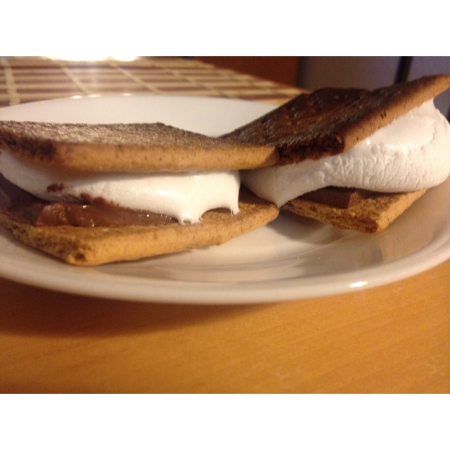 Oven baked s'mores | Get In My Belly | Pinterest