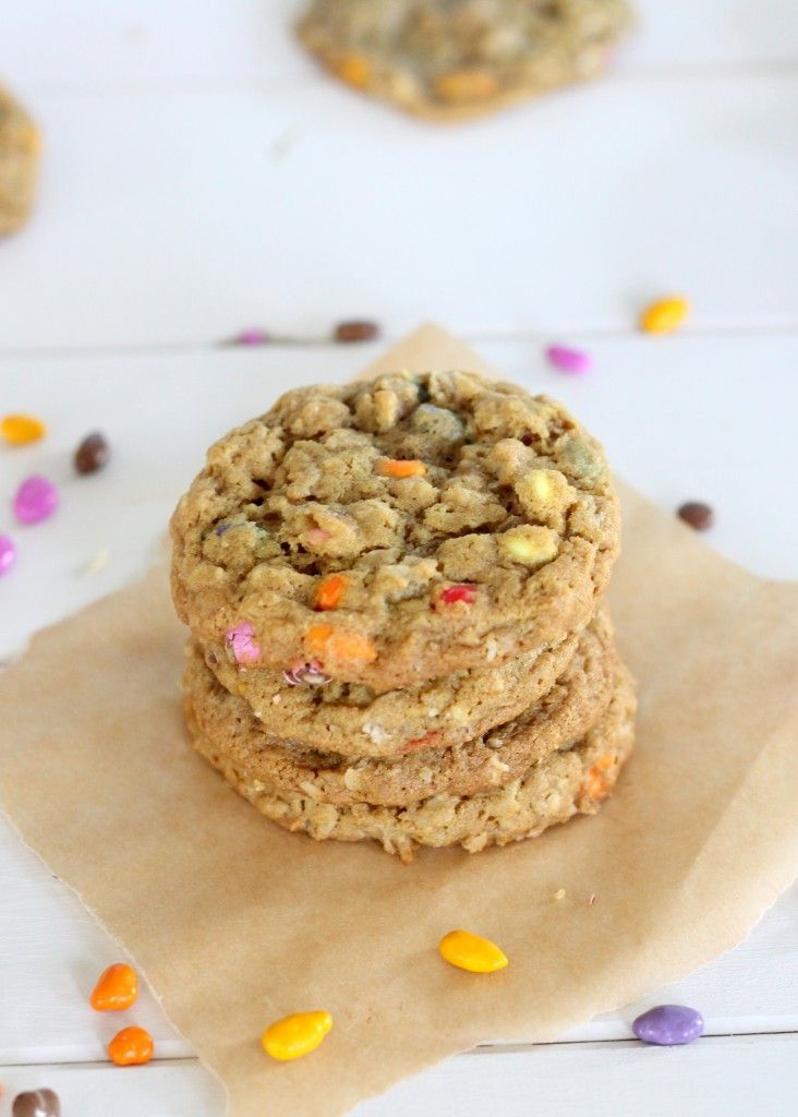 seed butter cookies with oats and chocolate covered sunflower seeds ...