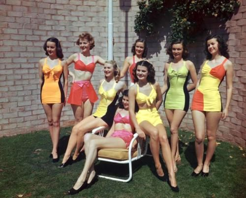 Love the colorblock! #vintage #swimsuit
