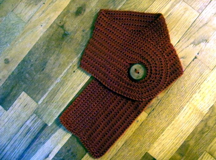 Knit Scarf Pattern With Button Hole : crocheted buttonhole scarflet Bonbonanza Pinterest