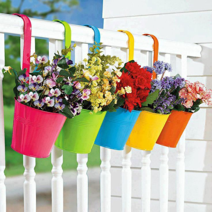 New set of 5 planter pots buckets fence deck railing flower for Fence hanging flower pots