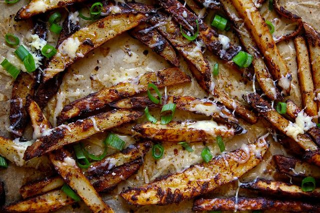 baked-chili-cheese-fries