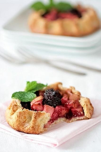Apple Blackberry Galettes | Entertaining {Food &Containers} | Pinter ...