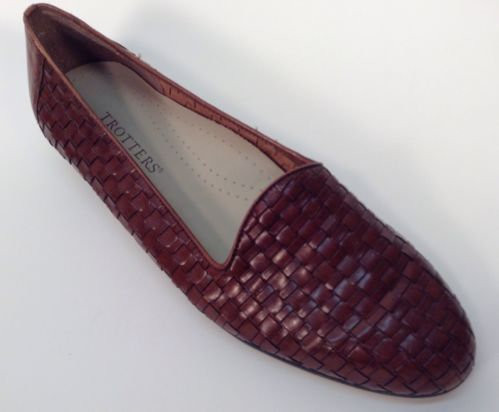 TROTTERS Womens Shoes Size 9.5 M Brown LEATHER WEAVE LOAFERS
