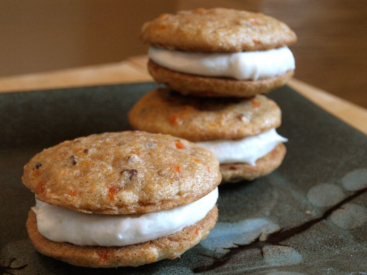 Carrot Cake Whoopie Pies | Things I want to make/do. | Pinterest