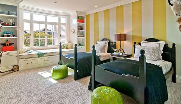 kids room with striped wall 40 Daring Striped Interiors Helping You Energize Your Home in 2013