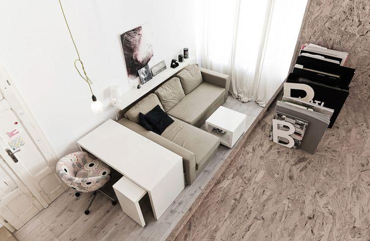 Phòng khách tuy nhỏ nhưng sang trọng và lịch lãm