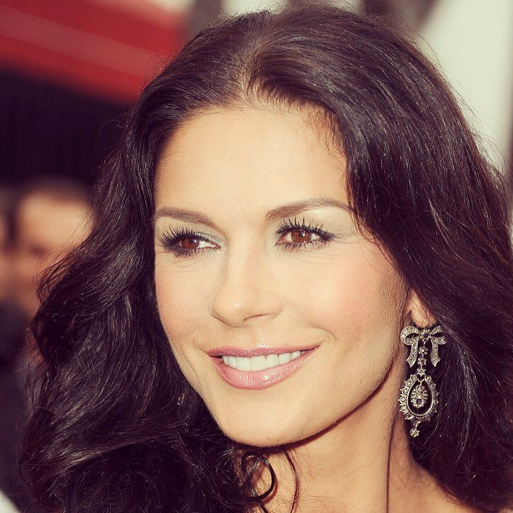 Catherine Zeta-Jones Reveals Her Beauty Secrets