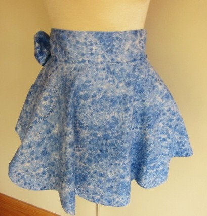 50s half apron reversible scalloped  blue by boutiquefantastique, $22.00