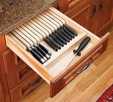 Knife storage