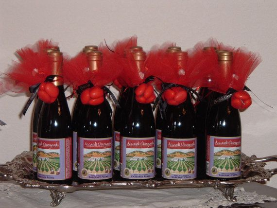 mini custom wine bottle wedding favors wedding ideas pinterest