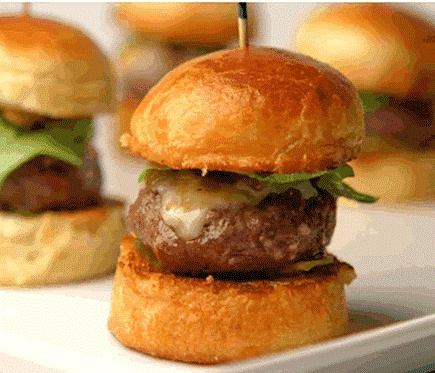 BBQs and bite size burgers! | Summers in LA | Pinterest