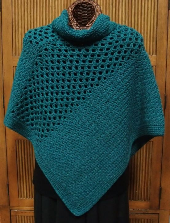 Crochet Poncho : cute crochet poncho pattern Crochet Shawls Pinterest