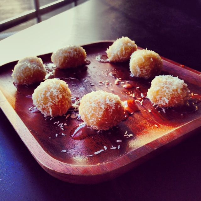 Salted Caramel Coconut Macaroons! An original recipe by my friend @ ...