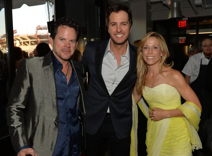 Gary Allan, Luke Bryan And Sheryl Crow | GRAMMY.com