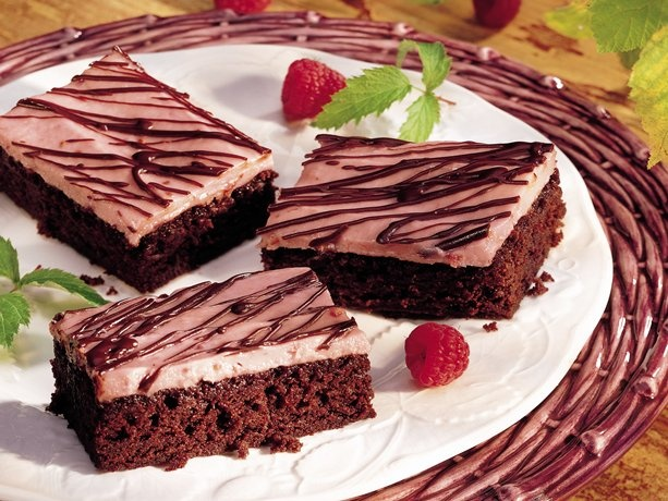easy raspberry brownies...regular brownie mix with cream cheese and ...