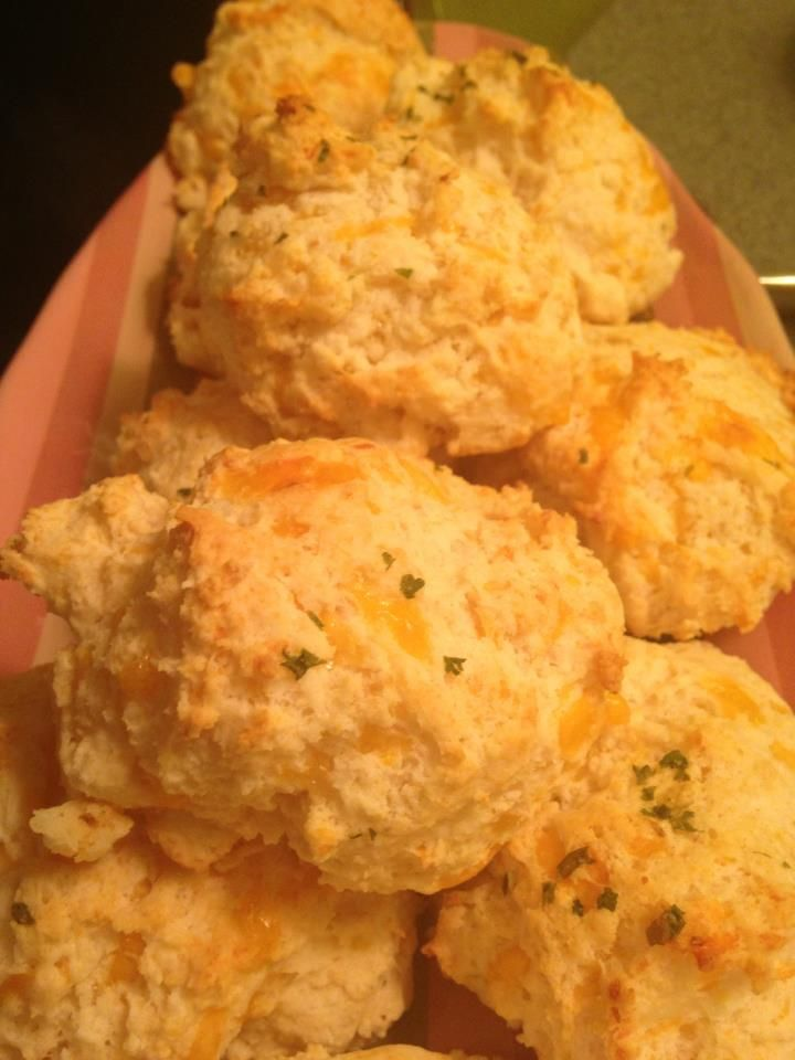 Red Lobster Cheddar Bay biscuits | a small glimpse | Pinterest