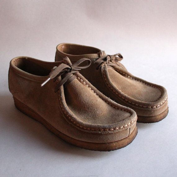 shoes Dexter desert boots. tan suede. size 8.5 women's. chunky high