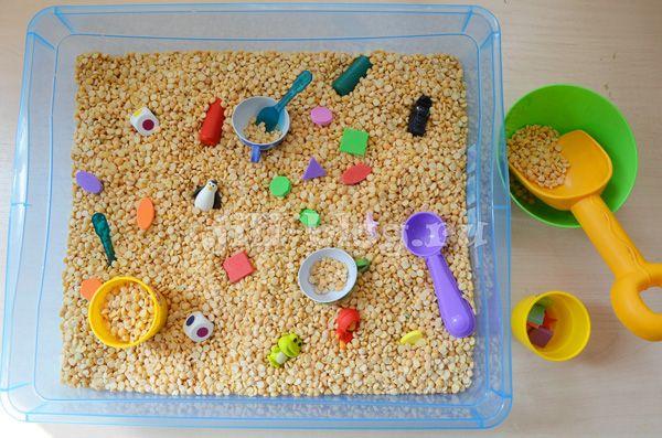 Сенсорные коробки для детей 2 лет своими руками 73