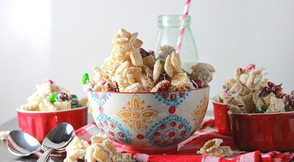 Merry Chex Mix! ~ Rice Chex, white chocolate, coconut, dried cherries ...