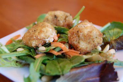 Fried Goat Cheese Salad- just made something similar with the fried ...