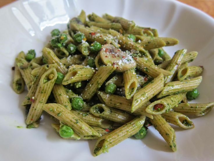 Pasta With Peas And Parsley-Walnut Pesto Recipe — Dishmaps